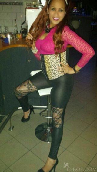 Zora, 36 Jahre alt Griechisch Girl in Solothurn